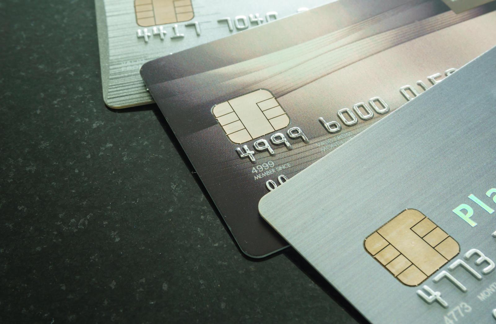 forskjellen-pa-kredittkort-og-betalingskort